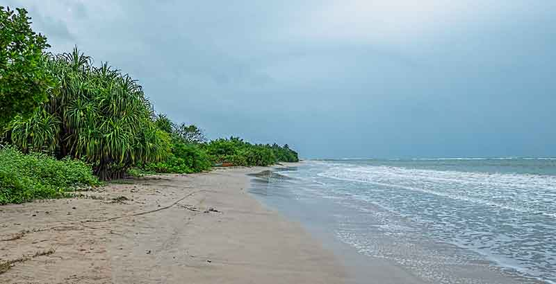 Estern Province Honeymoon Destinations - Pasikuda Beach Batticaloa Sri Lanka